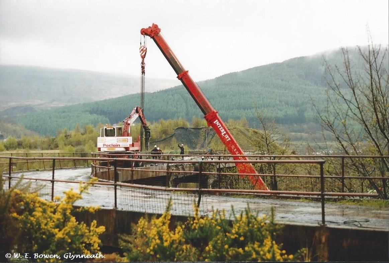 demolition-of-white-bridge-from-aberpergwym-collery-to-aberpergwym-screens-3